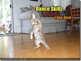 funny-pictures-cat-has-dance-skills