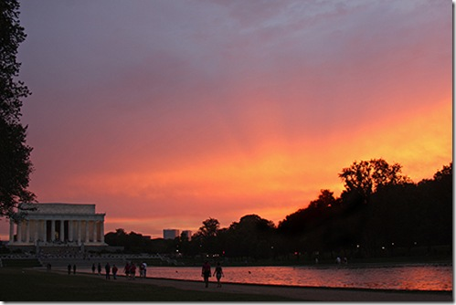 Sunset by Lincoln Memorial