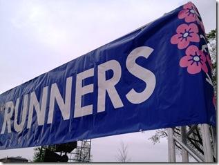 CB 10-miler runners