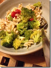 roasted red pepper and broccoli pasta